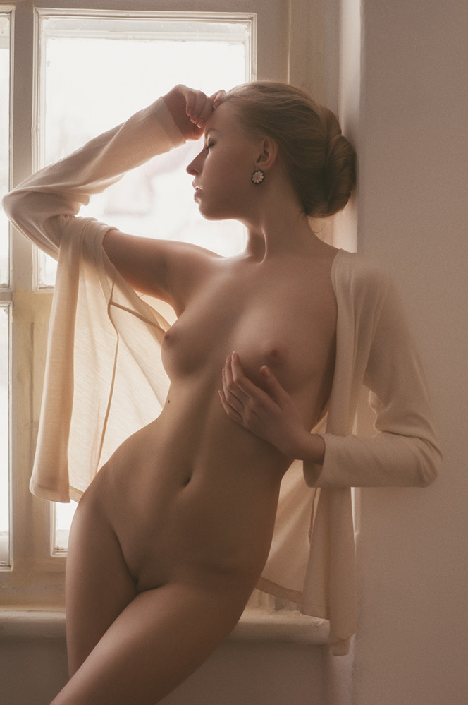 model-eroticheskogo-foto-tina