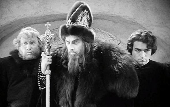 russkie filmy dlya obyazatelnogo prosmotra 12