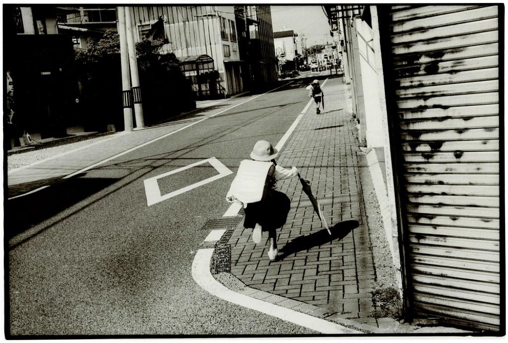 Токийский уличный фотограф Джунку Ниcимура 14