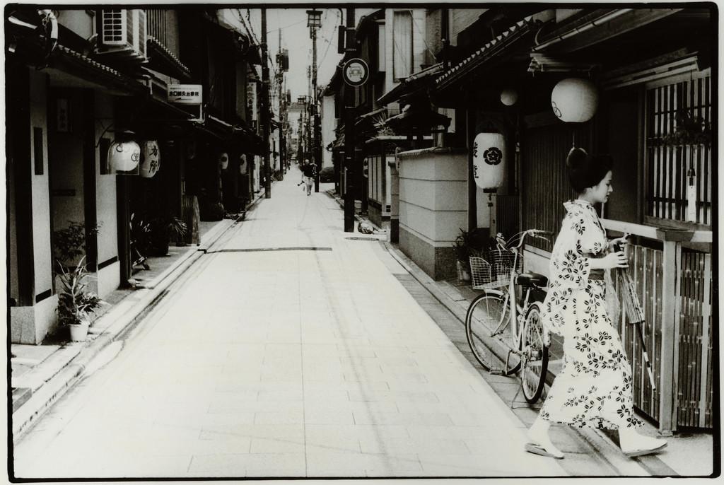 Токийский уличный фотограф Джунку Ниcимура 23