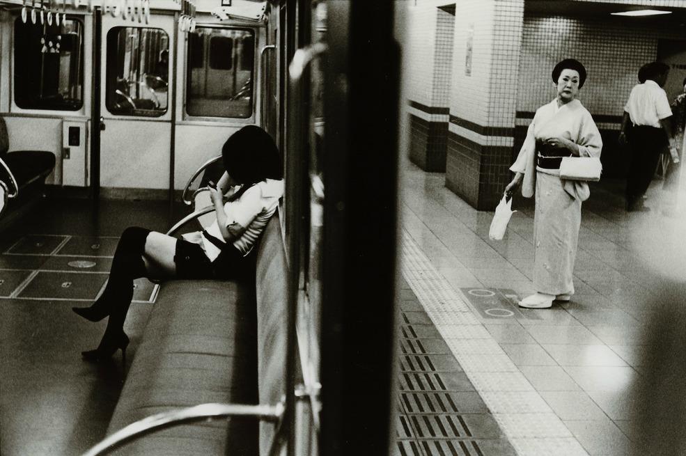 Токийский уличный фотограф Джунку Ниcимура 57