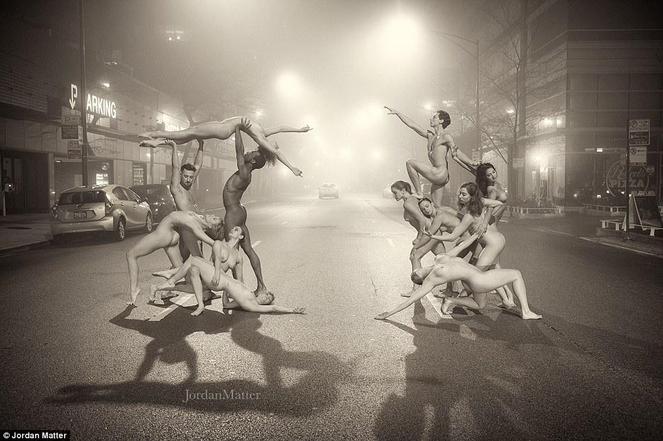 Обнажённые танцоры в фотографиях Джордана Мэттера 25