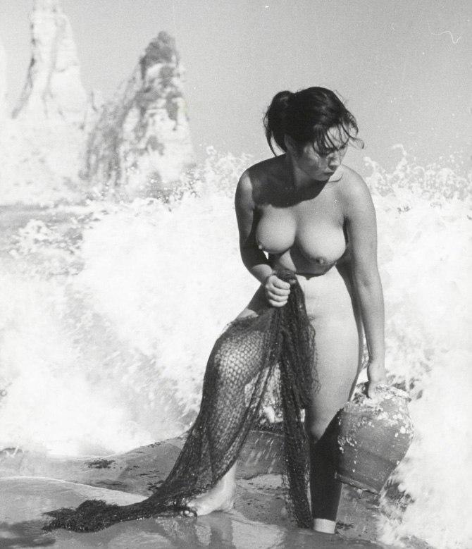«Женщины моря». Фотограф Ивасе Ёсиюки 13