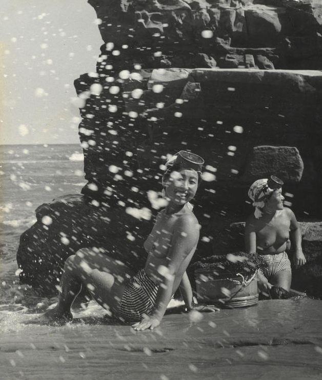 «Женщины моря». Фотограф Ивасе Ёсиюки 26