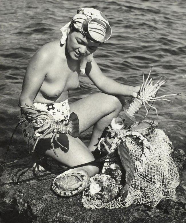 «Женщины моря». Фотограф Ивасе Ёсиюки 37
