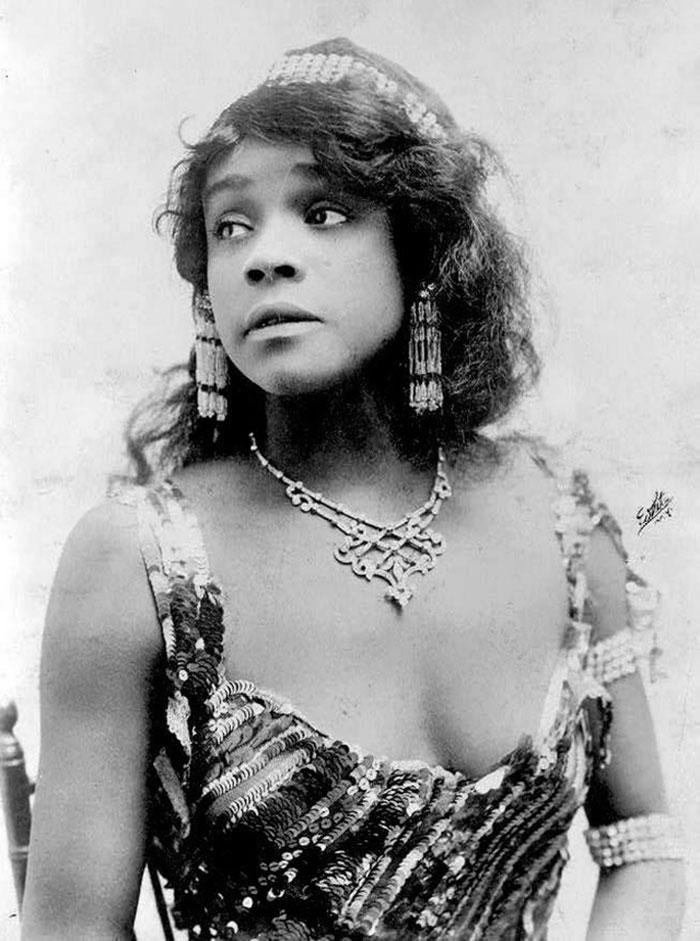 Самые красивые женщины 1900-х годов 7