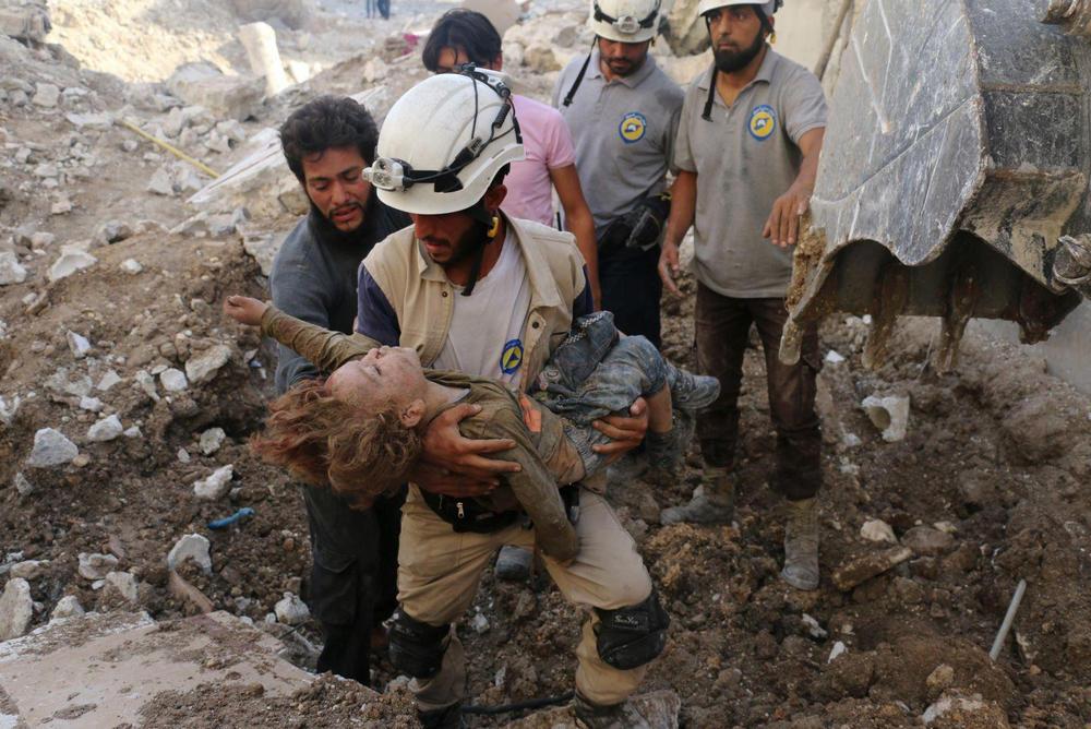 Спасаясь от завалов, Алеппо, Сирия - 5