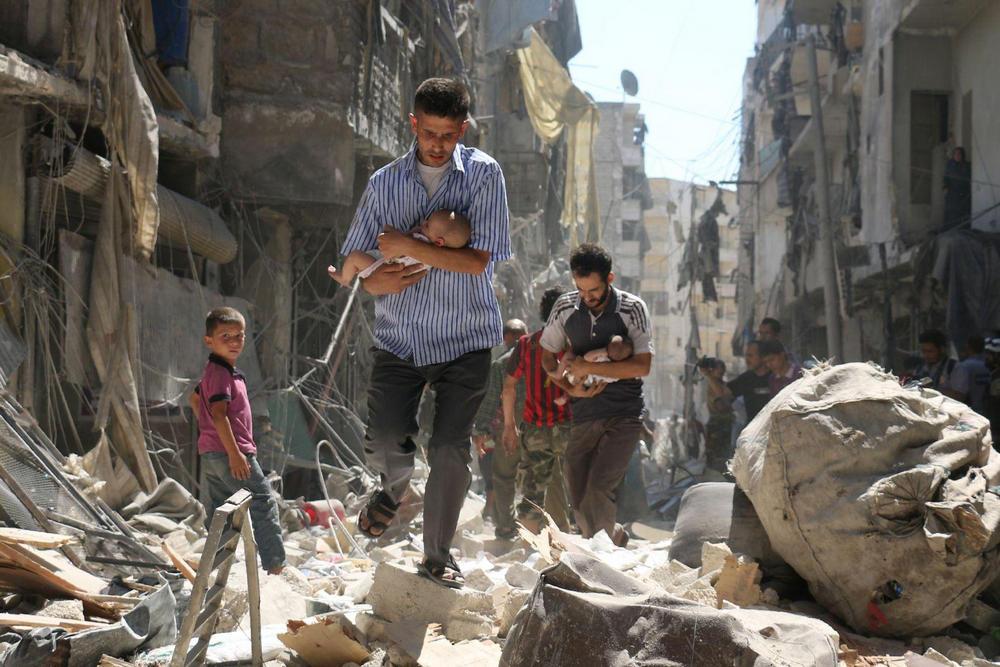 Спасаясь от завалов, Алеппо, Сирия - 8