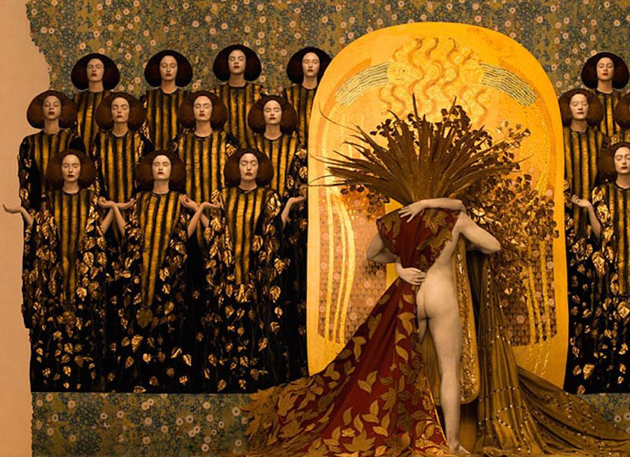 Фотограф Инге Прадер воссоздала золотые картины Густава Климта 4
