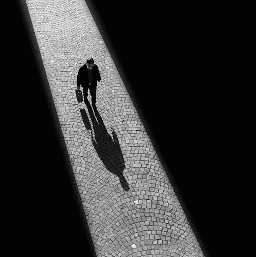 The play of light and shadows in the street shots Rui Veiga 21