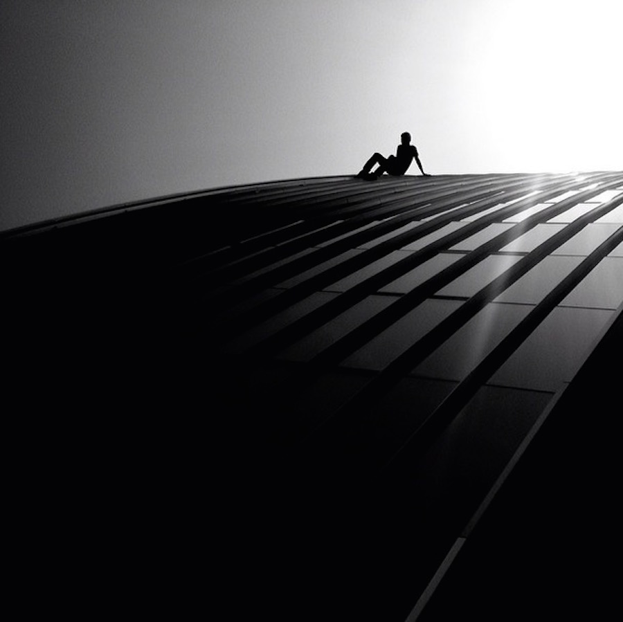 The play of light and shadows in the street shots Rui Veiga 29