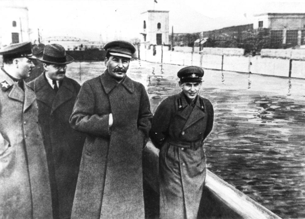 fotoshop-v-stalinskuyu-epohu_12.jpg