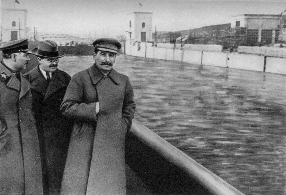 fotoshop-v-stalinskuyu-epohu_13.jpg