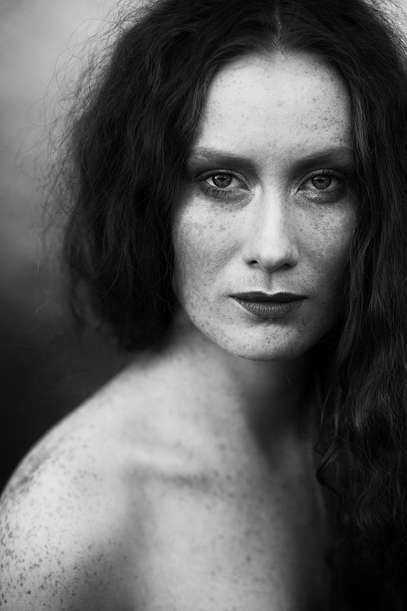 Победители конкурса чёрно-белой фотографии MonoVisions Photography Awards  30