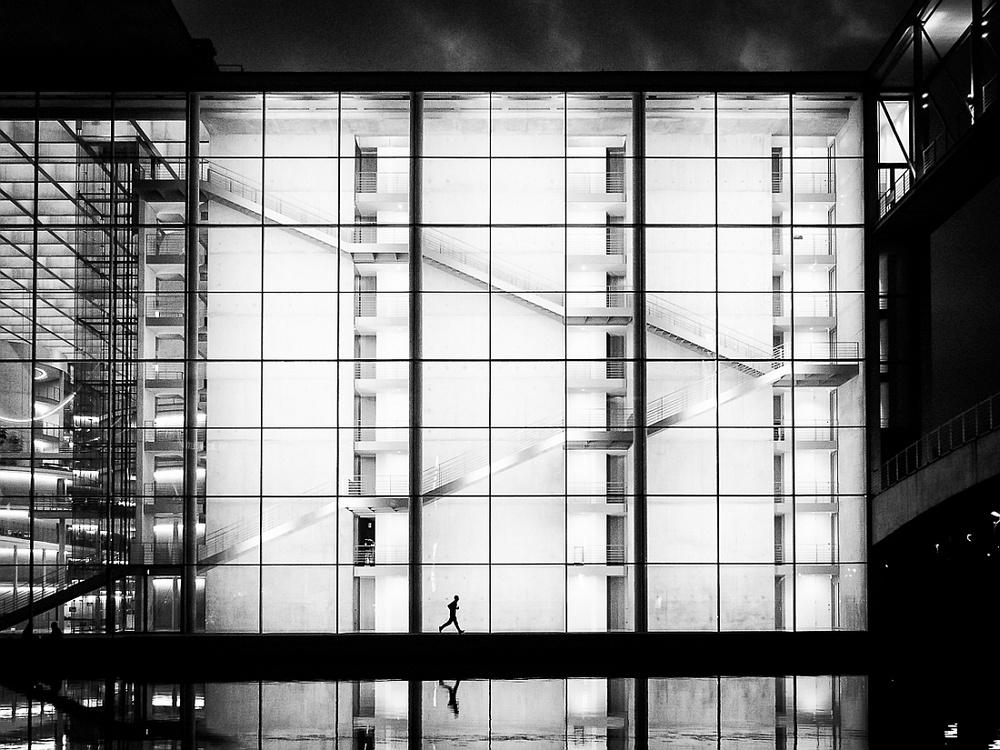 Победители конкурса чёрно-белой фотографии MonoVisions Photography Awards  31