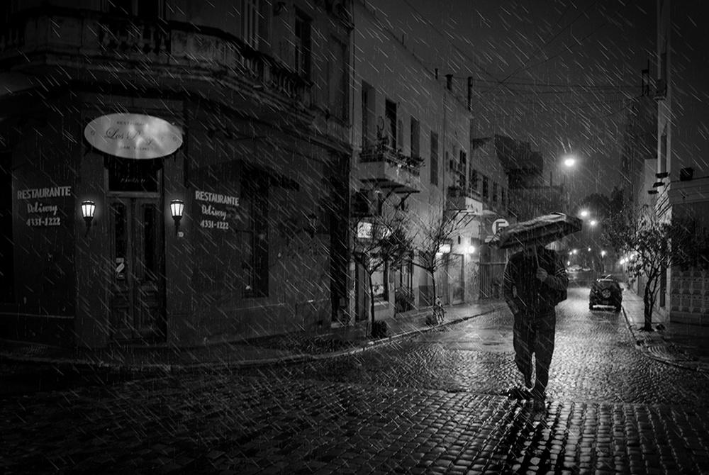 Победители конкурса чёрно-белой фотографии MonoVisions Photography Awards  33