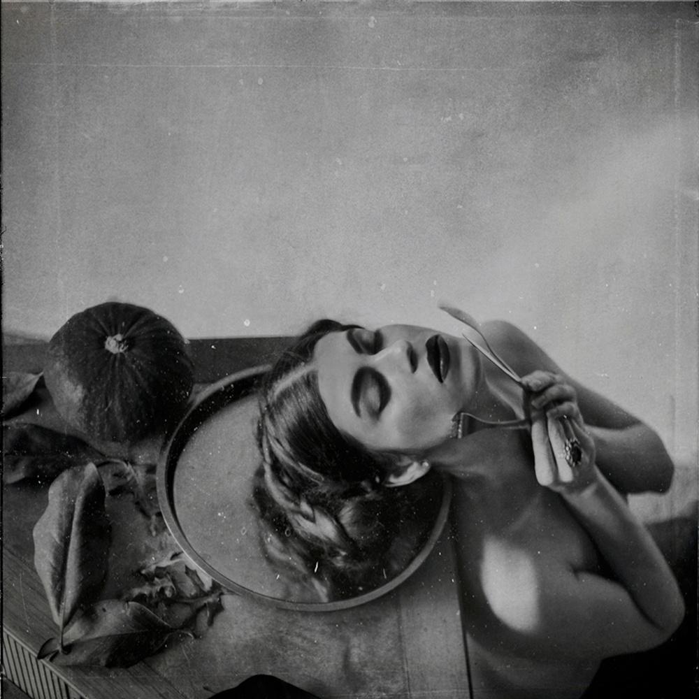 Победители конкурса чёрно-белой фотографии MonoVisions Photography Awards  8