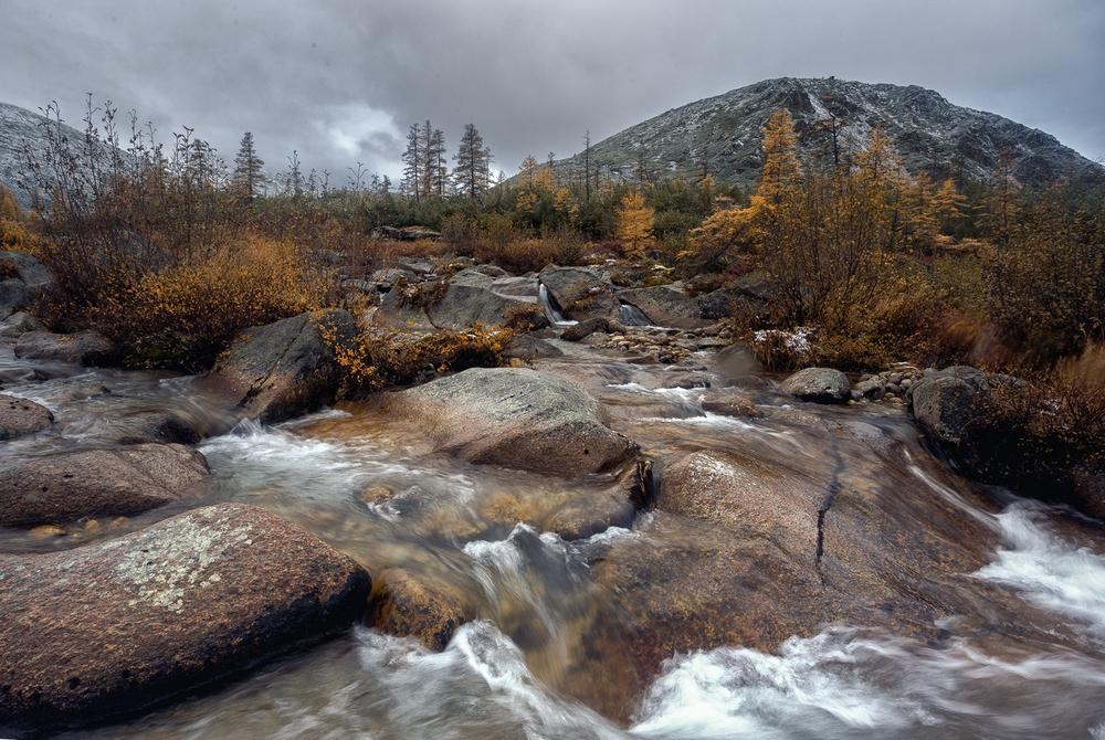 Осенняя Колыма, туманы Приморья, озёра и горы в пейзажных фотографиях Тони Андреевой 19