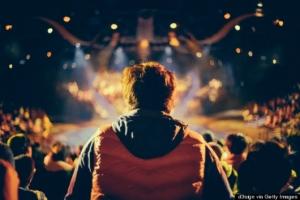 Как интроверты реагируют на окружающий мир - 10 отличий от экстравертов