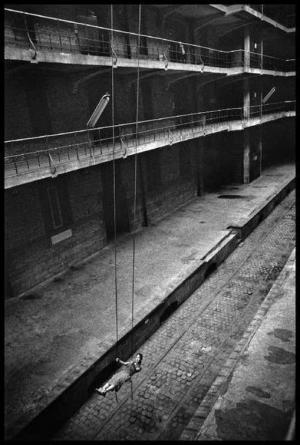Чёрно-белые снимки бельгийского фотографа Мишеля Ванден Эекхаудта