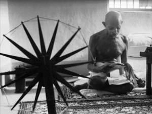 Махатма Ганди - цитаты и фотографии