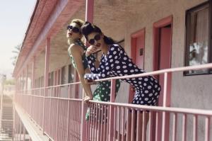 Женственные и романтические фотографии моды Сары Мелотти