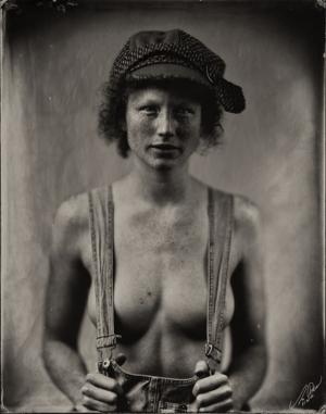 Портретные и ню фотографии, снятые с помощью ранних фотографических процессов