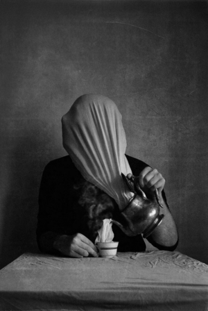 «Перезагрузка печали»: фотопроект о предательстве, грусти и искуплении