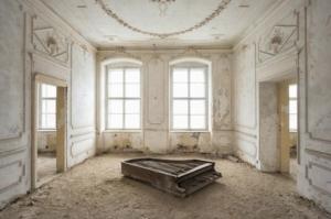 Забытое величественное: заброшенные места в фотографиях Ромена Тьери