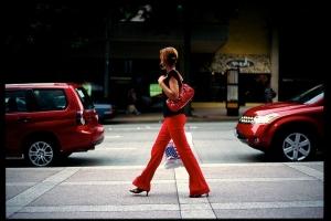 Красный цвет в уличной фотографии - 35 вдохновляющих примеров