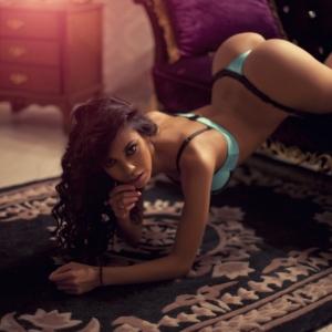 Красота женского тела в будуарной фотографии - 50 примеров