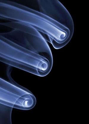 Парейдолические иллюзии из дыма от фотографа Томаса Хербриха