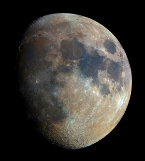 Польский астрофотограф-самоучка сделал фото Луны, объединив 32 000 снимков