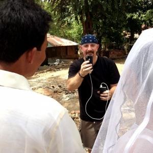Кевин Кастер (Kevin Kuster) снял 40 свадеб за один день с помощью iPhone 4S и Canon EOS 7D