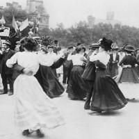Фотоархив музеев Парижа: десятки тысяч старинных снимков в свободном доступе