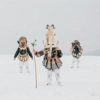 «Кукеры» – исполнители древнего языческого обряда в фотопроекте Арона Кляйна