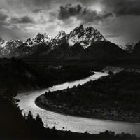 Энсел Адамс: величественная в своей простоте красота природы на снимках одного из величайших фотопейзажистов