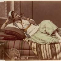 Фотоархив Метрополитен-музея: прелестные красавицы прошлого, бертильонаж, электротерапия и ещё 10 000 редких фотографий