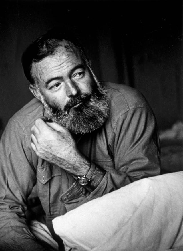Эрнест Хемингуэй, июль 1944-го. Автор Курт Хаттон