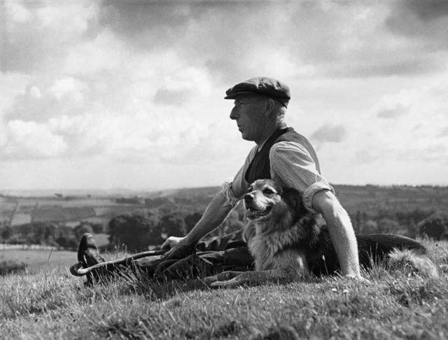 Человек с лучшим другом, 1943. Автор Курт Хаттон
