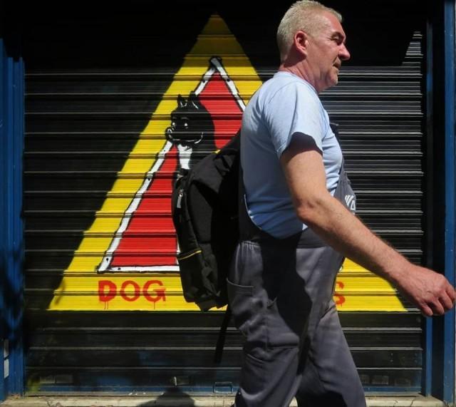 Мистика неожиданного в уличных фотографиях. Автор Антимос Нтагкас (36)
