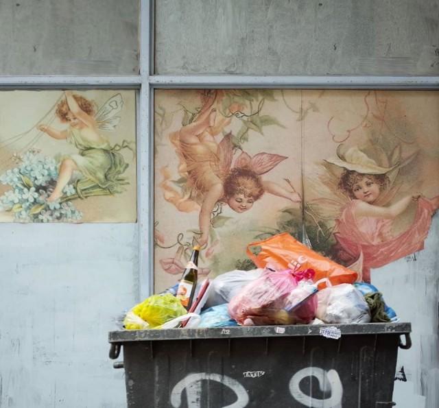 Мистика неожиданного в уличных фотографиях. Автор Антимос Нтагкас (40)
