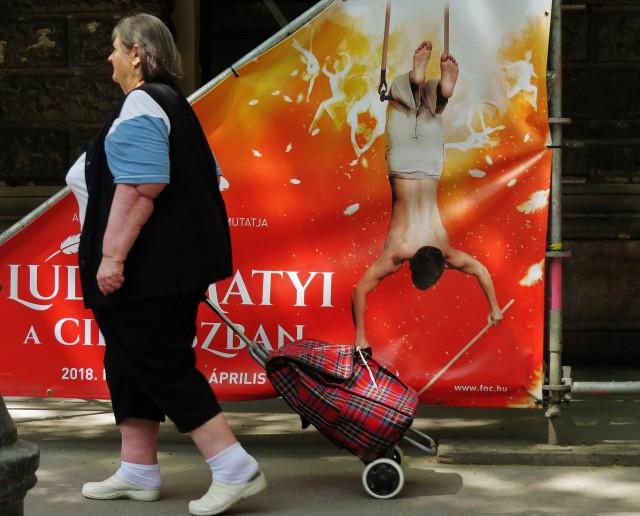 Мистика неожиданного в уличных фотографиях. Автор Антимос Нтагкас (29)