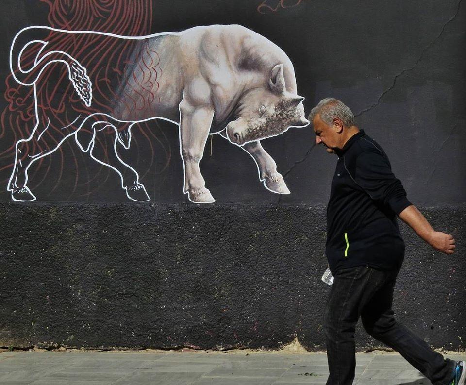 Мистика неожиданного в уличных фотографиях. Автор Антимос Нтагкас (14)