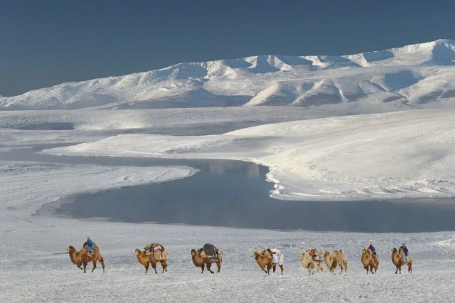 К югу от Даян-Нуур, Монголия, 2014. Фотограф Марк Прогин