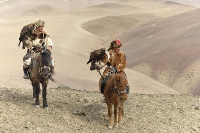 Монгольские охотники. Фотограф Марк Прогин