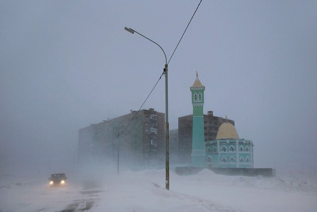 Nurd-Kamal, the northernmost mosque, Norilsk.  Author Christoph Jacques