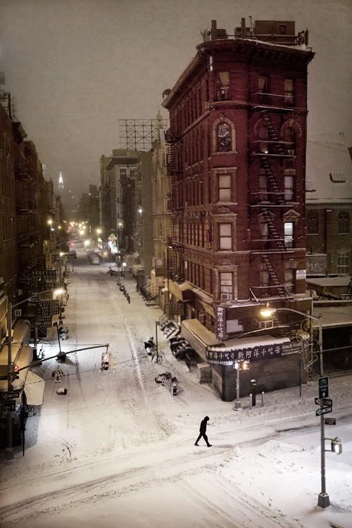 Перекрёсток и пешеход, Нью-Йорк, 2015. Автор Кристоф Жакро