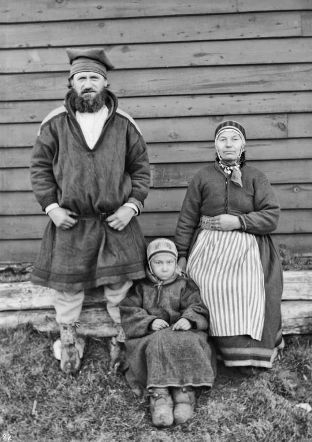 Саамская семья. Автор Софус Тромгольт