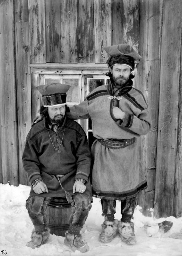 Школьные учителя в Кёутукейну, Норвегия, 1882-1883. Автор Софус Тромгольт